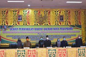 86Sekdako bersama Unsur Pimpinan DPRD Pekanbaru (1)